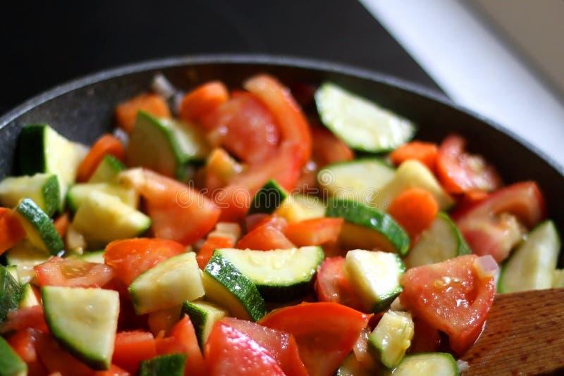 Ανακατώστε τα λαχανικά τηγανητών στοκ φωτογραφίες με δικαίωμα ελεύθερης χρήσης