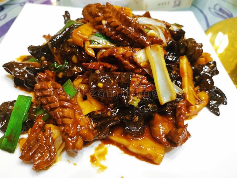 Ανακατώστε τηγανισμένο Pig& x27 νεφρό του s, κινεζικό πιάτο στοκ εικόνα με δικαίωμα ελεύθερης χρήσης