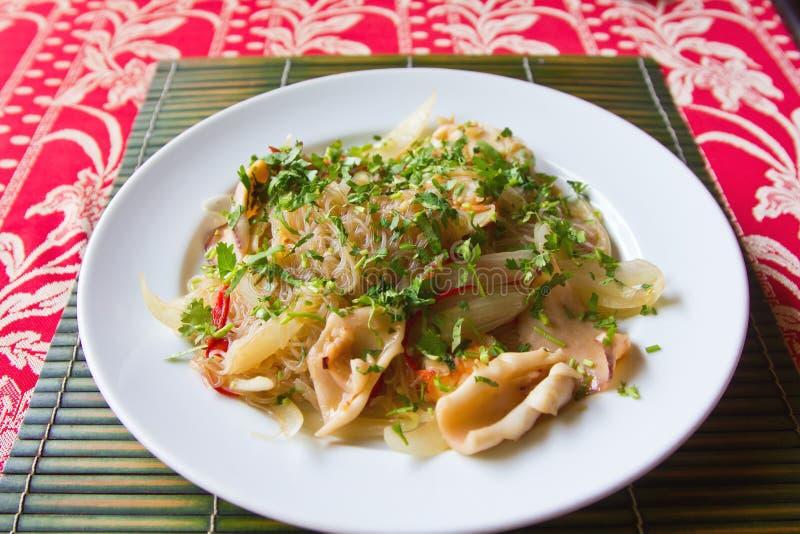 Ανακατώστε τηγανισμένο Vermicelli με τα θαλασσινά στοκ φωτογραφίες