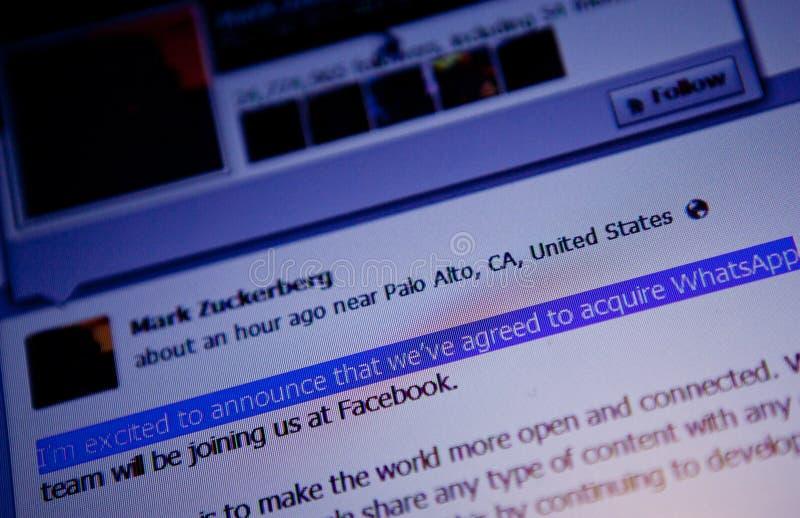 Ανακοίνωση διαπραγμάτευσης του Μαρκ Ζουκεμπερκ WhatsApp στοκ φωτογραφίες με δικαίωμα ελεύθερης χρήσης