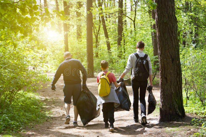 Ανακυκλώστε την καθαρή κατάρτιση παλιοπραγμάτων απορριμμάτων απορριμάτων σκουπιδιών απορριμάτων αποβλήτων στοκ εικόνες