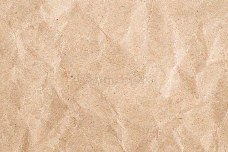Ανακυκλώστε την τσαλακωμένη σύσταση καφετιού εγγράφου, παλαιά επιφάνεια εγγράφου για το υπόβαθρο στοκ εικόνες