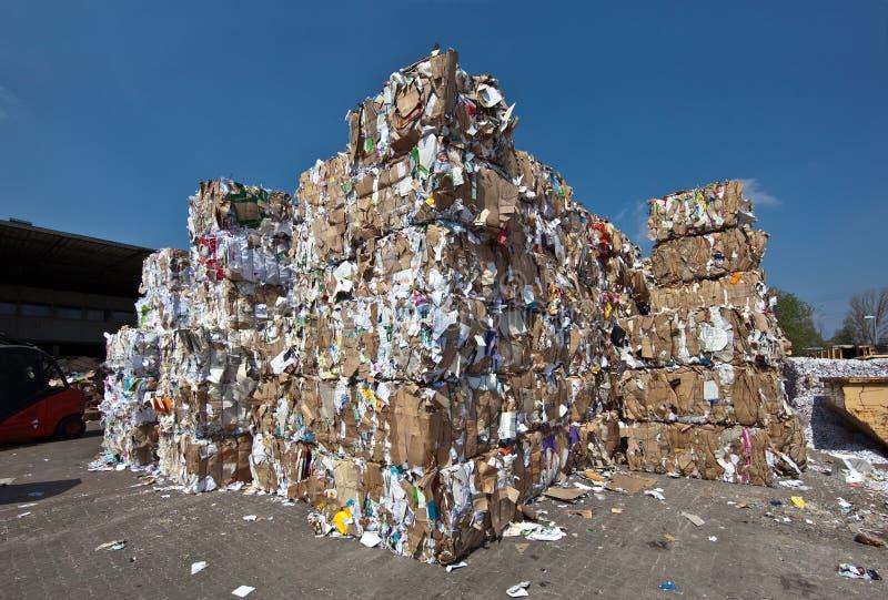ανακύκλωση εγγράφου απ&omic στοκ φωτογραφίες με δικαίωμα ελεύθερης χρήσης