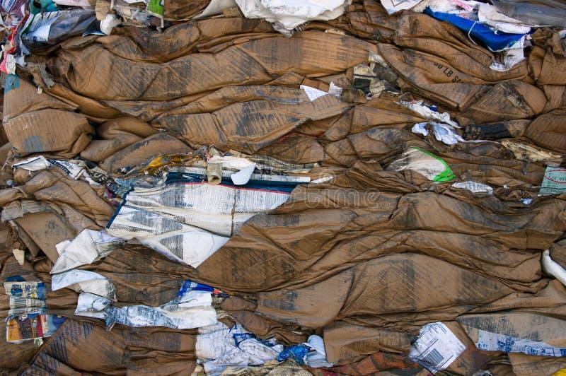 ανακύκλωση χαρτοκιβωτίων δεμάτων στοκ εικόνα