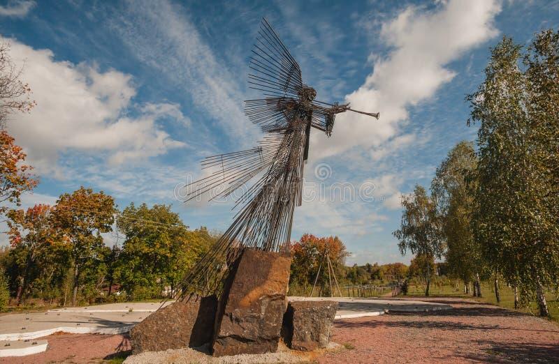Αναμνηστικός άγγελος σιδήρου γλυπτών του Τσέρνομπιλ στοκ εικόνες
