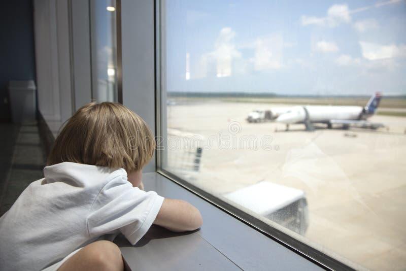 αναμονή αεροπλάνων στοκ φωτογραφίες