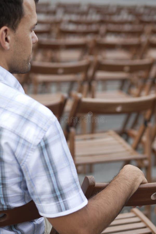 αναμονή ατόμων στοκ φωτογραφίες