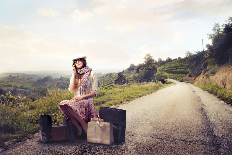 Αναμονή γυναικών μόδας στοκ φωτογραφία
