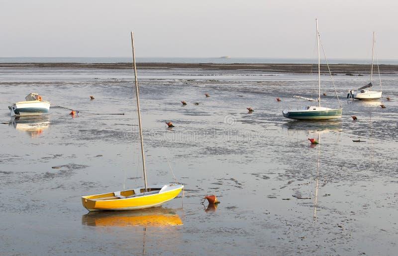 Αναμονή την παλίρροια & x29  και ηλιοβασίλεμα στοκ εικόνες