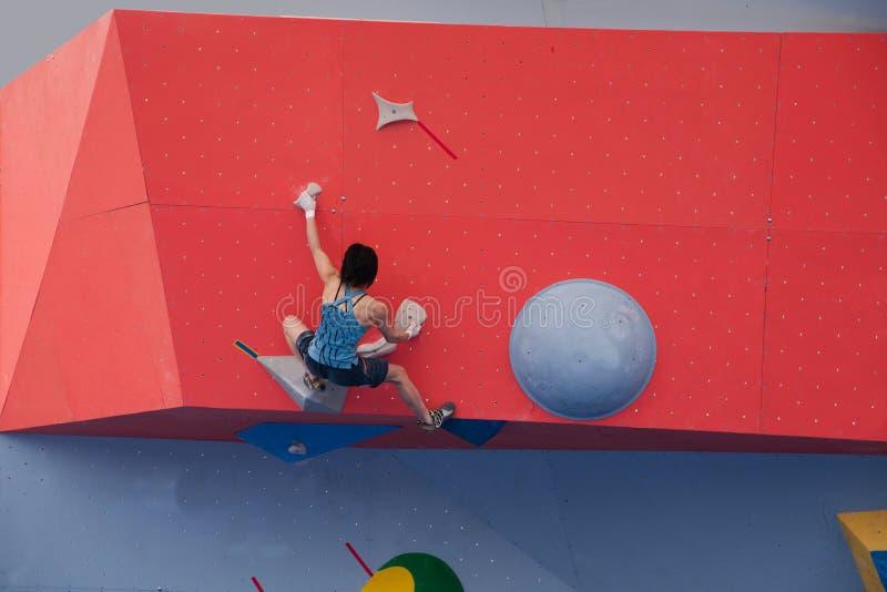 Αναρρίχηση της φυλής Παγκόσμιου Κυπέλλου των ανδρών και των γυναικών σε Chongqing, Κίνα στοκ εικόνες