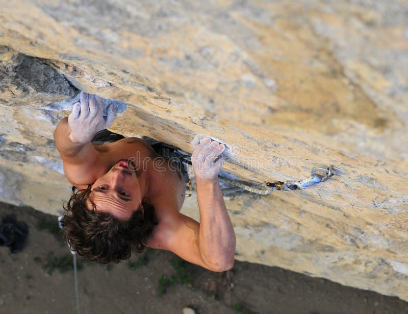 αναρρίχηση των σχοινιών δύο βράχου καλημάνων στοκ φωτογραφίες