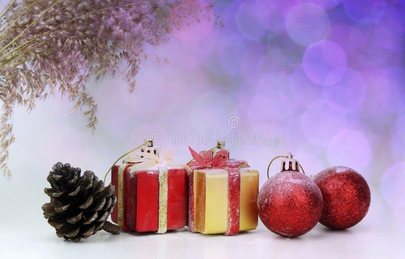Download Ανασκόπηση με τη διακόσμηση Χριστουγέννων Στοκ Εικόνα - εικόνα από νέος, κάρτα: 62712983
