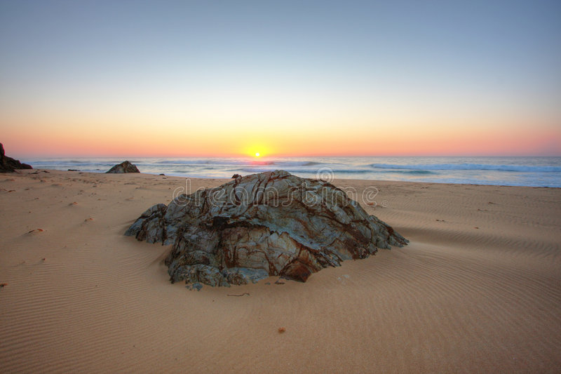 ανατολή βράχων στοκ εικόνα με δικαίωμα ελεύθερης χρήσης