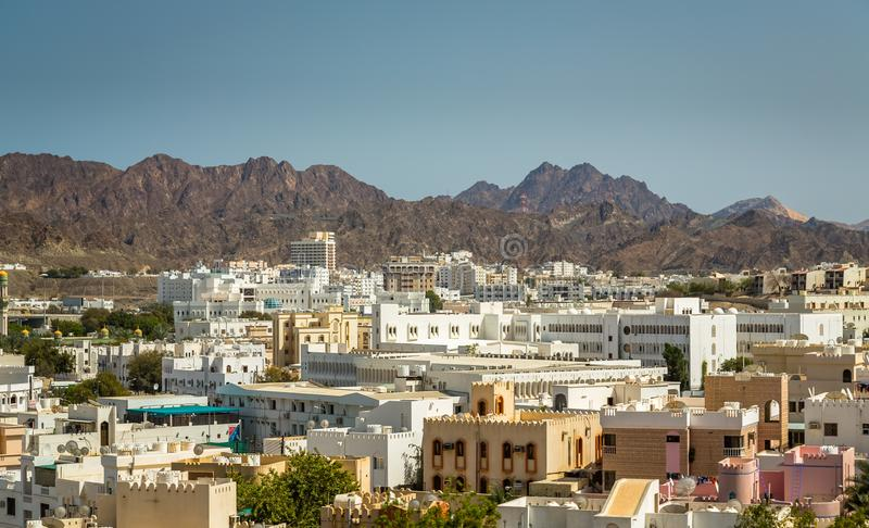 Ανατολή κατά Muscat την άποψη από ένα σκάφος στοκ φωτογραφία