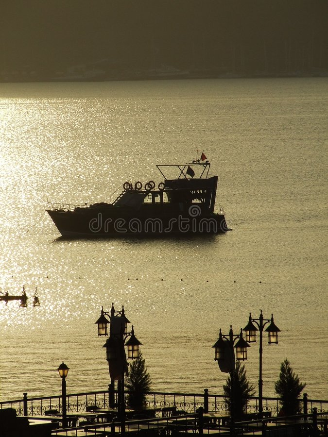 Download ανατολή κόλπων στοκ εικόνα. εικόνα από τουρκικά, κόλπων - 1537799