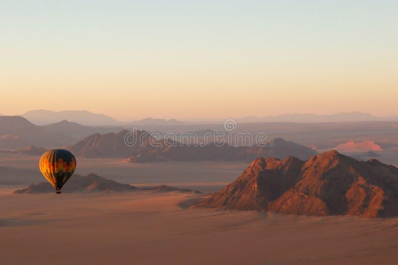 Ανατολή μπαλονιών ζεστού αέρα στοκ φωτογραφίες