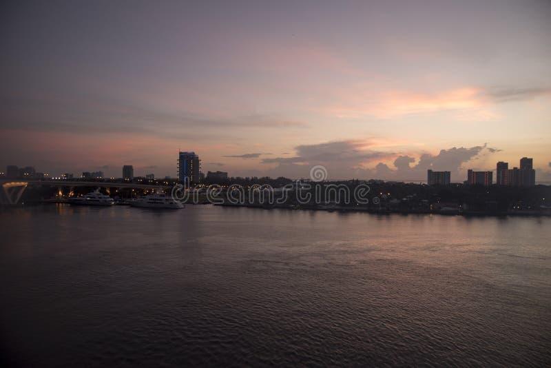 Ανατολή πέρα από το λιμένα Everglades Fort Lauderdale Φλώριδα στοκ εικόνες
