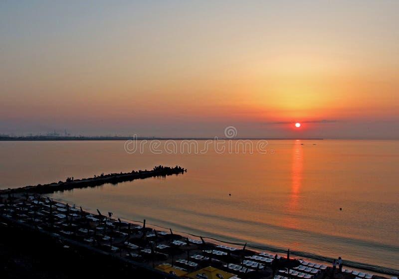 Ανατολή σε Μαύρη Θάλασσα - Eforie Nord Ρουμανία στοκ εικόνα