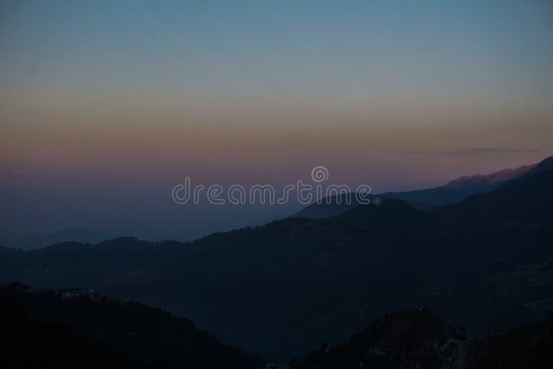 Ανατολή στα Ιμαλάια στοκ εικόνα