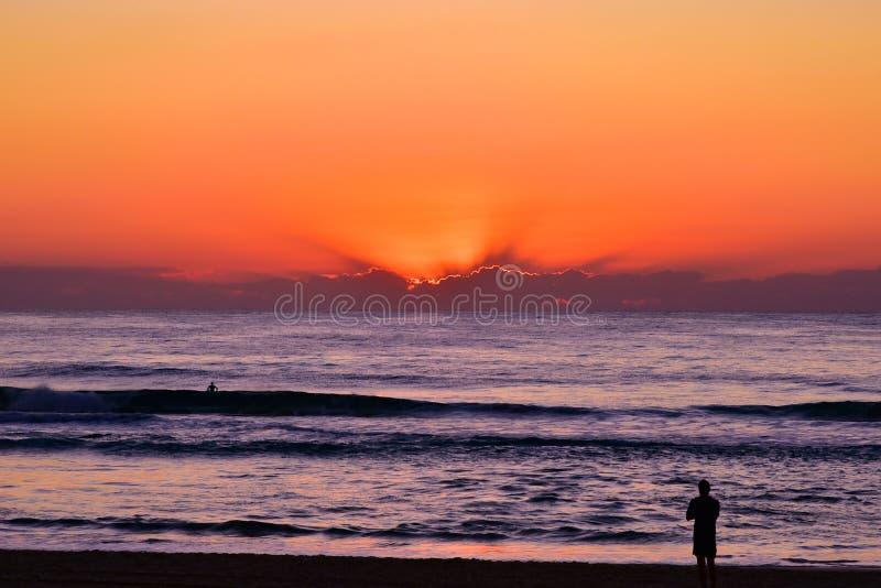 Ανατολή στην παραλία παραδείσου Surfers στοκ εικόνες