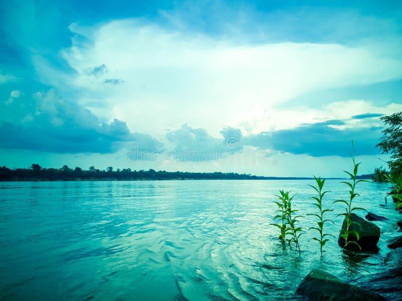 Ανατολή στο Mekong ποταμό, Ταϊλάνδη στοκ εικόνα