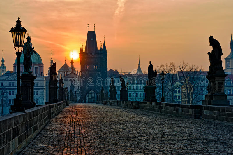 ανατολή Charles Πράγα γεφυρών στοκ φωτογραφίες με δικαίωμα ελεύθερης χρήσης