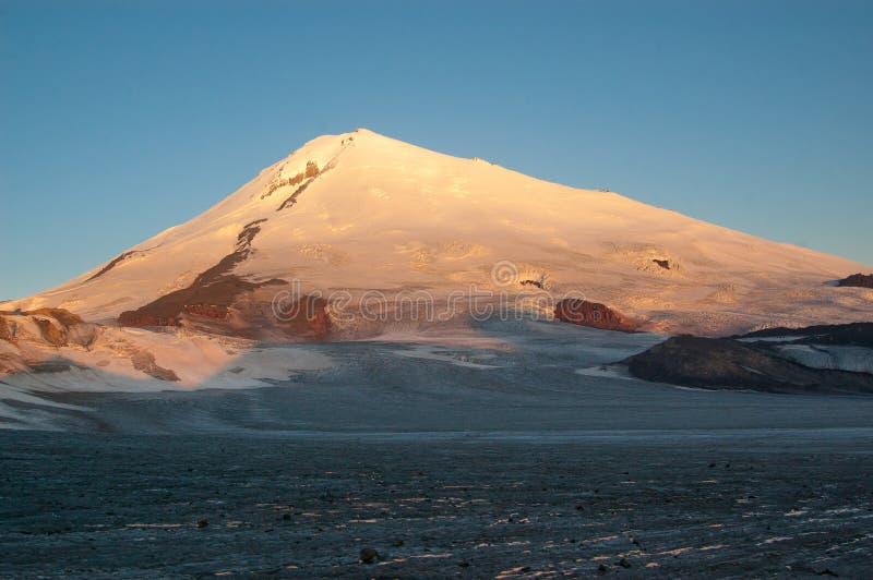 ανατολή elbrus στοκ φωτογραφία
