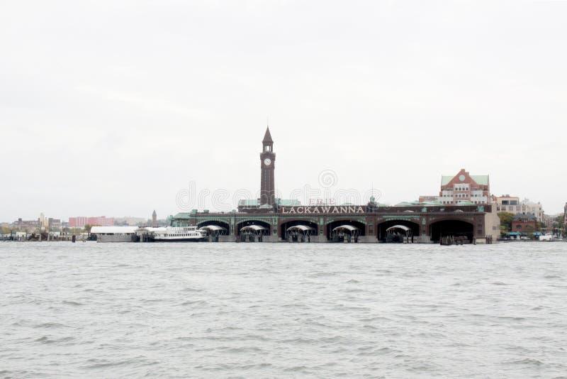 Ανατολικός ποταμός της Νέας Υόρκης με τις βάρκες στοκ εικόνες με δικαίωμα ελεύθερης χρήσης