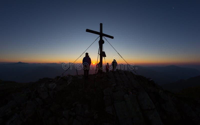 Ανατολή πάνω από την ΑΜ Mirnock 2 110m σε Carinthia Αυστρία στοκ εικόνες