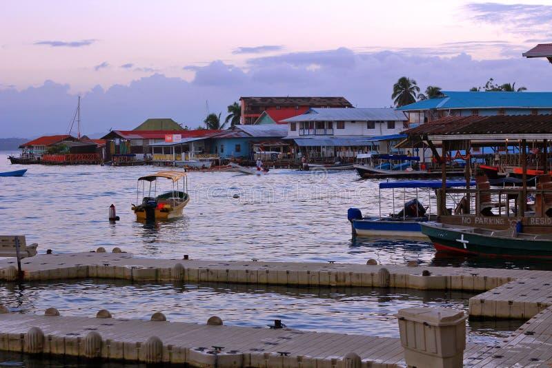 Ανατολή σε Bocas del Toro, Παναμάς στοκ εικόνες