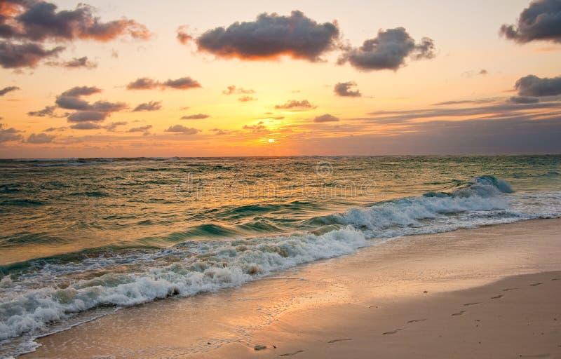Ανατολή σε Punta Cana, Δομινικανή Δημοκρατία στοκ εικόνες με δικαίωμα ελεύθερης χρήσης