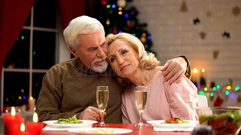 dating με ηλικιωμένους άνδρες