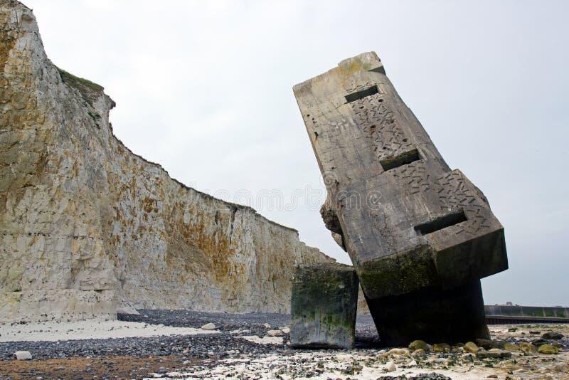 Ανατρεμμένη blockhouse του ST Marguerite στη θάλασσα Seine-maritime Γαλλία στοκ εικόνα