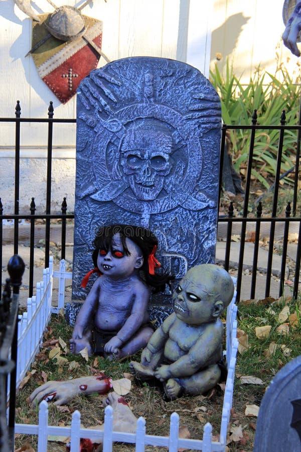 Ανατριχιαστικά μωρά zombie στοκ εικόνα