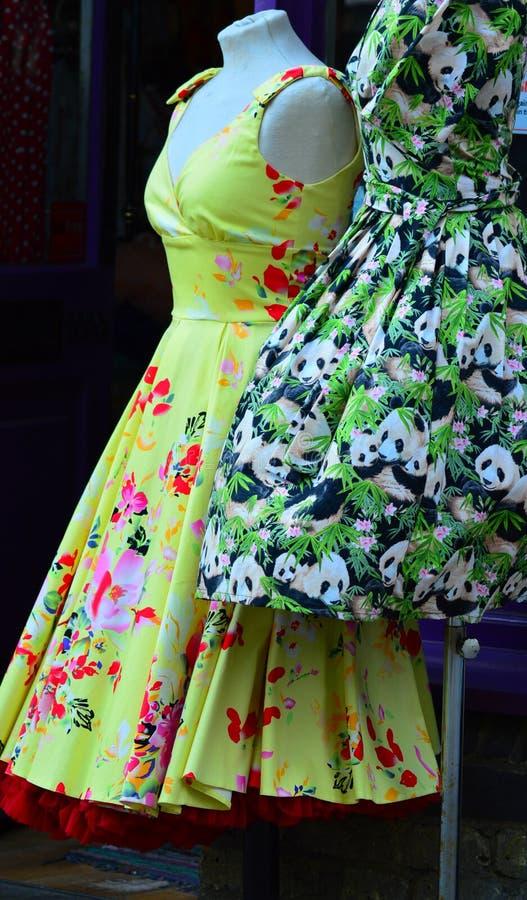 Αναδρομικά φορέματα στοκ εικόνα