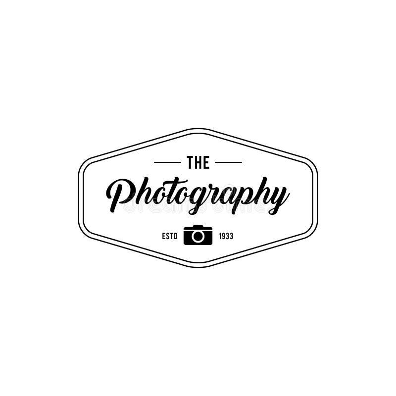 Αναδρομικές διακριτικά και ετικέτες φωτογραφίας πολυτέλειας επίσης corel σύρετε το διάνυσμα απεικόνισης απεικόνιση αποθεμάτων