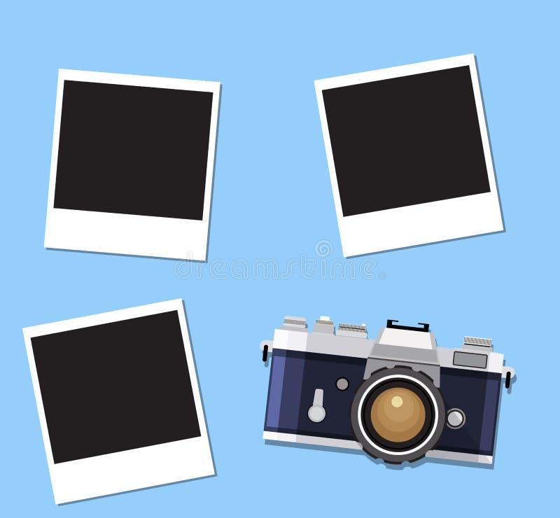 Αναδρομική παλαιά κάμερα και στιγμιαία πλαίσια φωτογραφιών απεικόνιση αποθεμάτων
