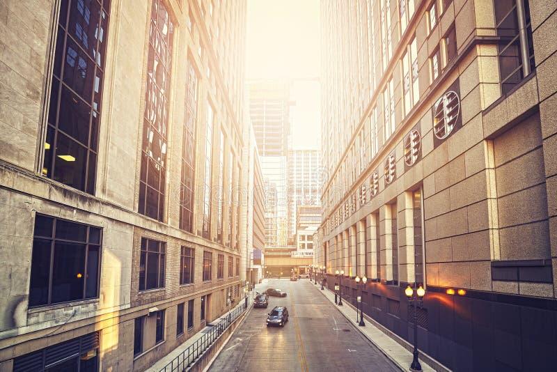 Αναδρομική παλαιά φωτογραφία ύφους ταινιών μιας οδού στο Σικάγο στοκ φωτογραφία με δικαίωμα ελεύθερης χρήσης