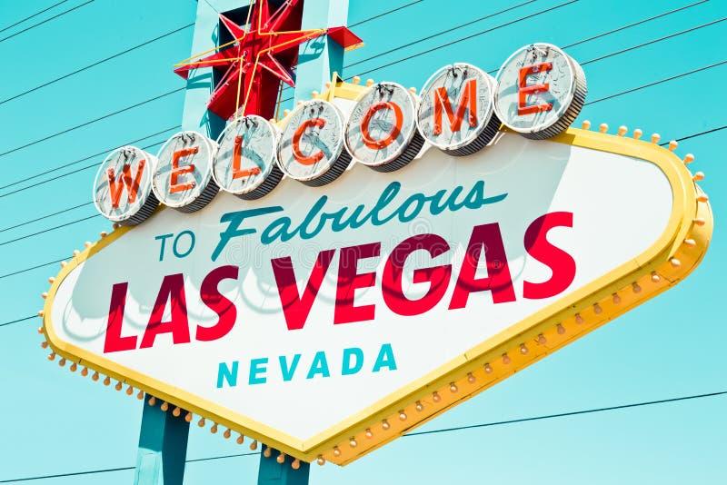 Αναδρομικό σημάδι Vegas στοκ φωτογραφία με δικαίωμα ελεύθερης χρήσης