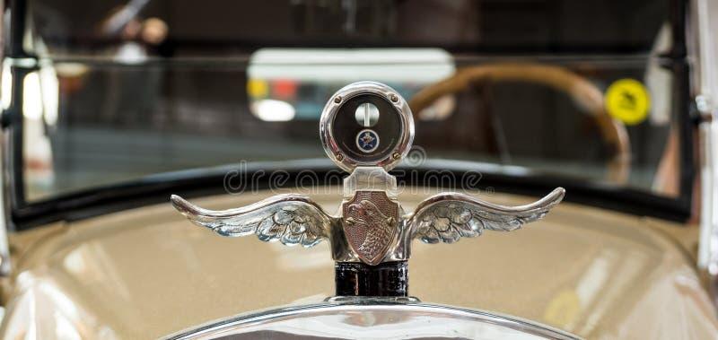 Αναδρομικό limousine αυτοκινήτων, μουσείο ιστορίας εκθεμάτων, Ekaterinburg, Ρωσία, 06 09 έτος του 2014 στοκ εικόνες