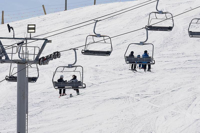 Ανελκυστήρας εδρών σκι το χειμώνα στοκ εικόνες με δικαίωμα ελεύθερης χρήσης