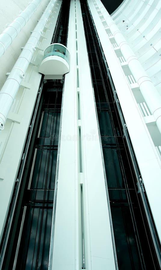 ανελκυστήρας σύγχρονος στοκ εικόνα