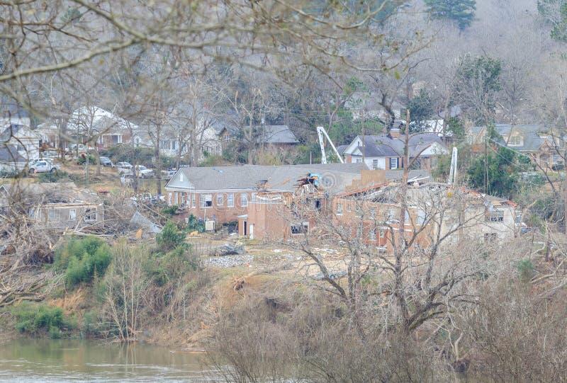 Ανεμοστρόβιλος ζημίας οικοδόμησης που χτύπησε Wetumpka, Αλαμπάμα στοκ φωτογραφίες με δικαίωμα ελεύθερης χρήσης