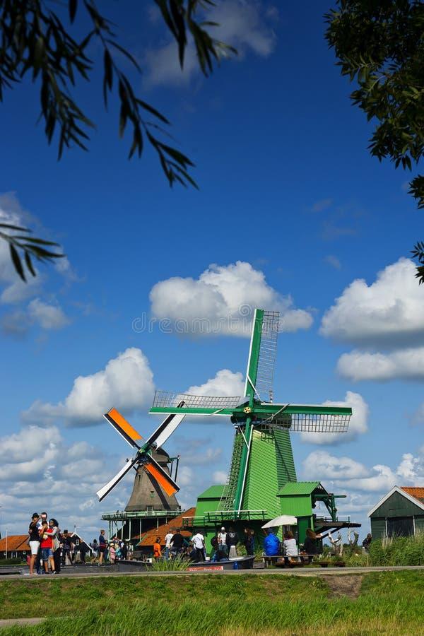 Ανεμόμυλοι του Zaanse Schans στο Zaandem της Ολλανδίας στοκ εικόνα με δικαίωμα ελεύθερης χρήσης