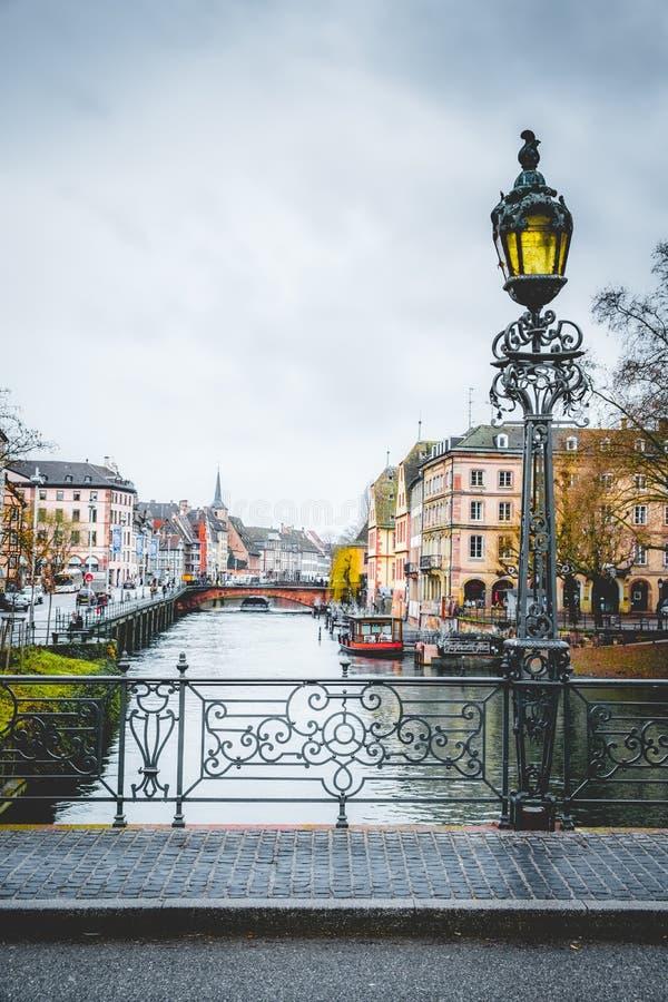 Ανεπαρκής ποταμός του Στρασβούργου κοντά στο Rohan Palais στοκ φωτογραφίες με δικαίωμα ελεύθερης χρήσης