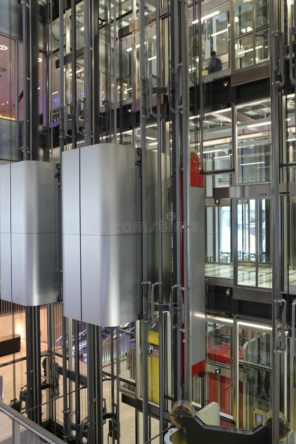 Ανελκυστήρες κτηρίου του ST Botolph στοκ φωτογραφία με δικαίωμα ελεύθερης χρήσης