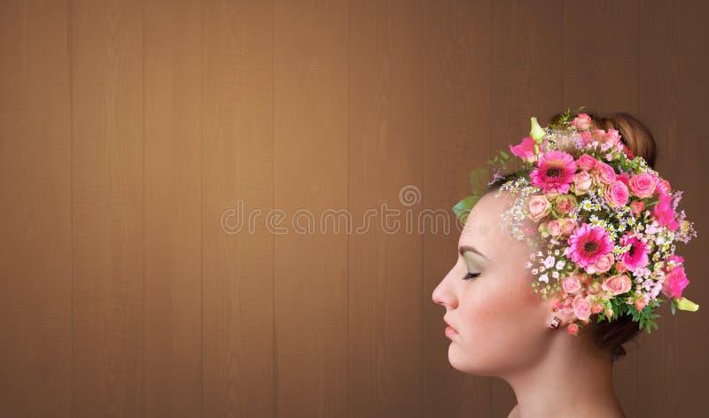 Ανθισμένο κεφάλι με πολύχρωμα λουλούδια στοκ φωτογραφία με δικαίωμα ελεύθερης χρήσης