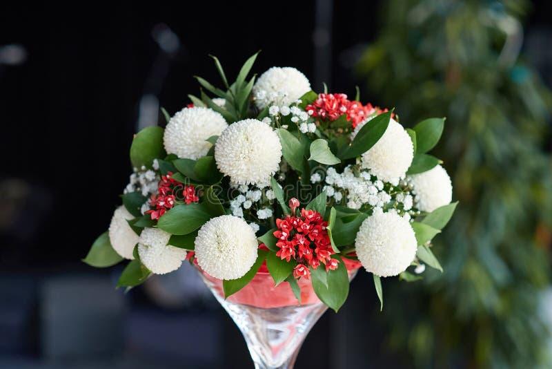 Ανθοδέσμη του πολύχρωμου πίνακα λουλουδιών στοκ φωτογραφία
