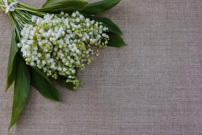 Ανθοδέσμη των λουλουδιών για τα συγχαρητήρια στοκ φωτογραφίες