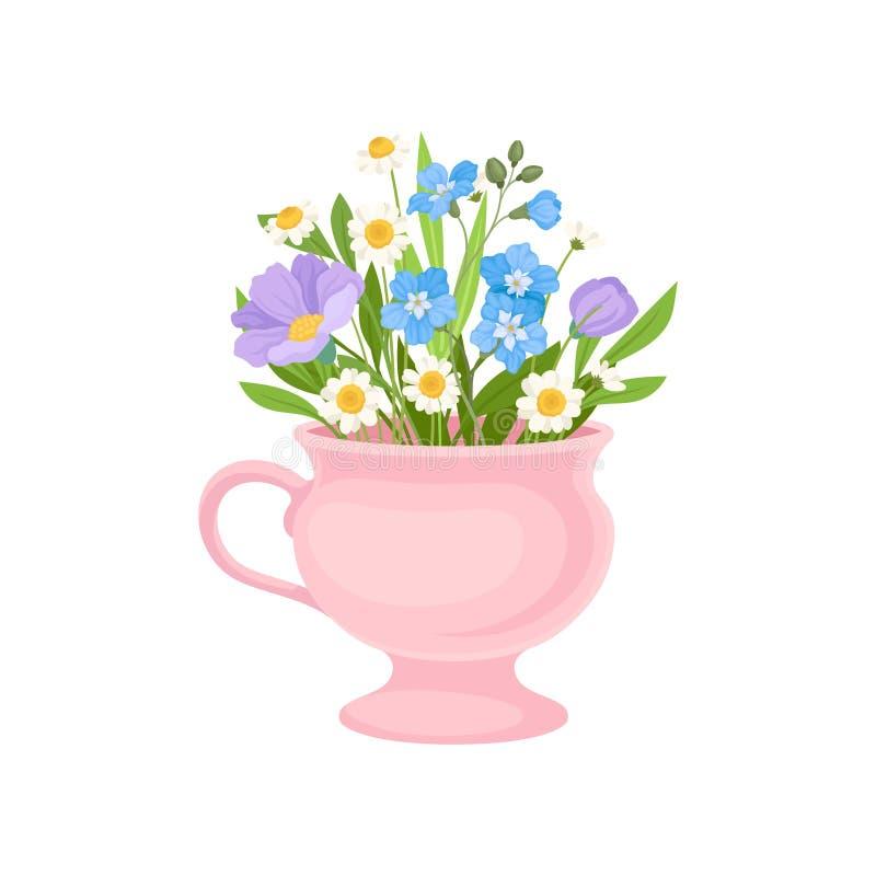 Ανθοδέσμη των μικρών λουλουδιών σε μια ρόδινη κούπα E απεικόνιση αποθεμάτων
